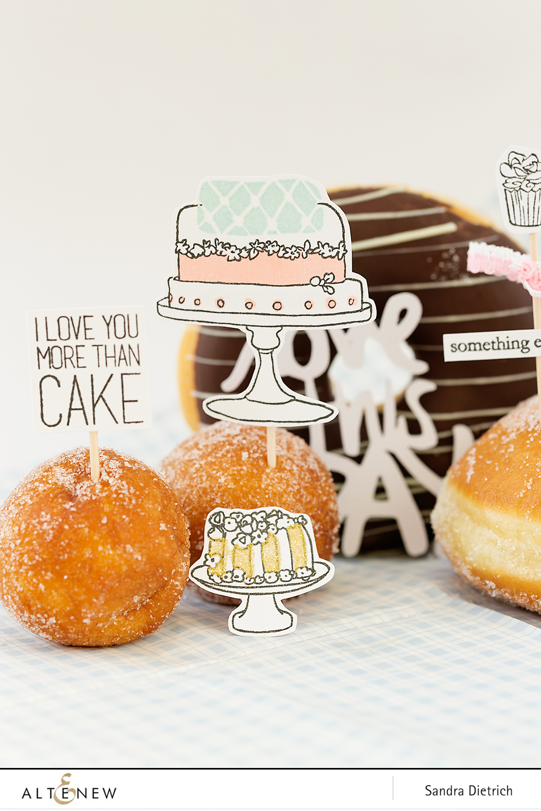 Pimp your sweets with Cake Love @SandraDietrich for @Altenew