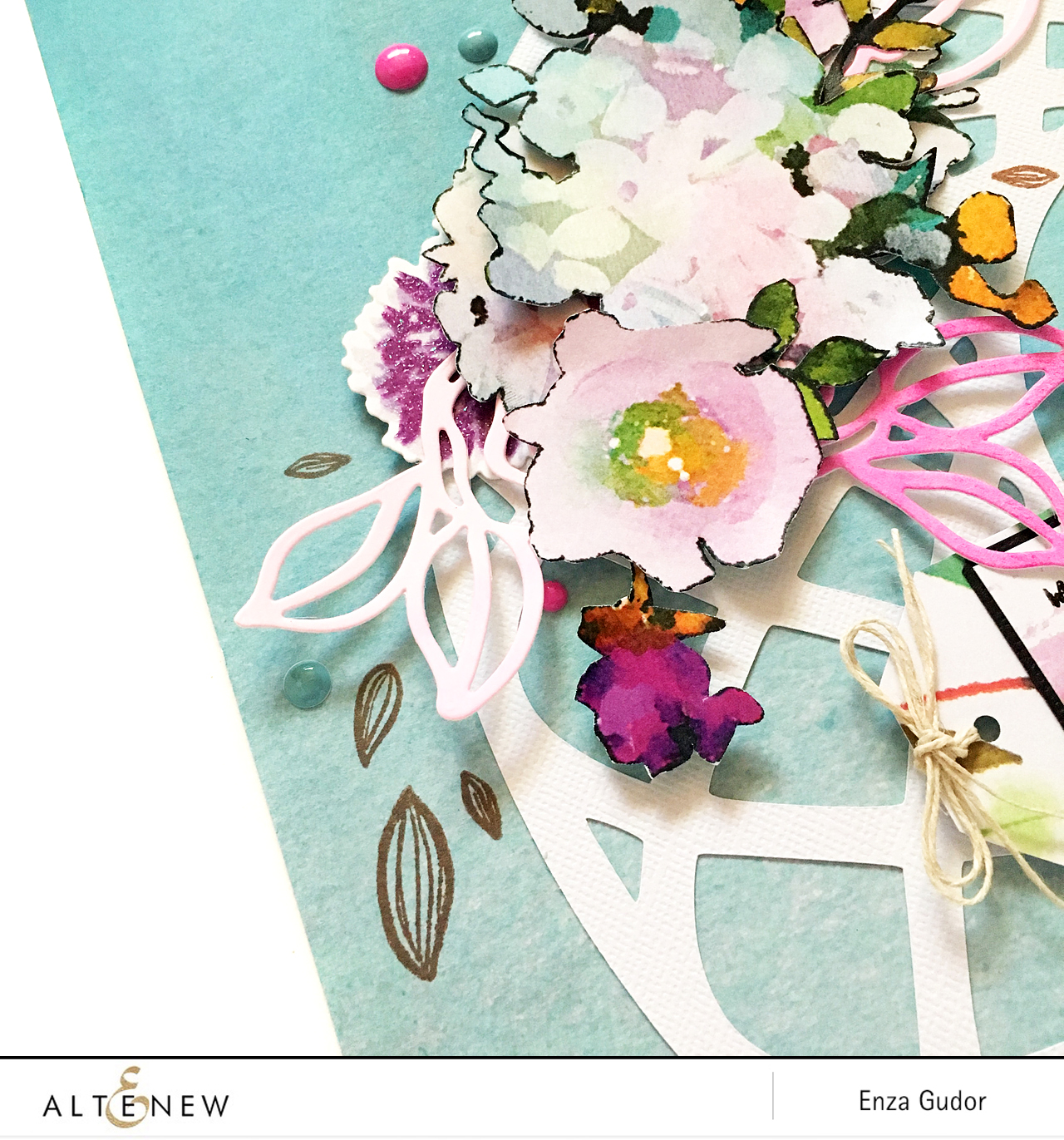Floral layout by @enzamg for @Altenew #scrapbooking #papercrafting
