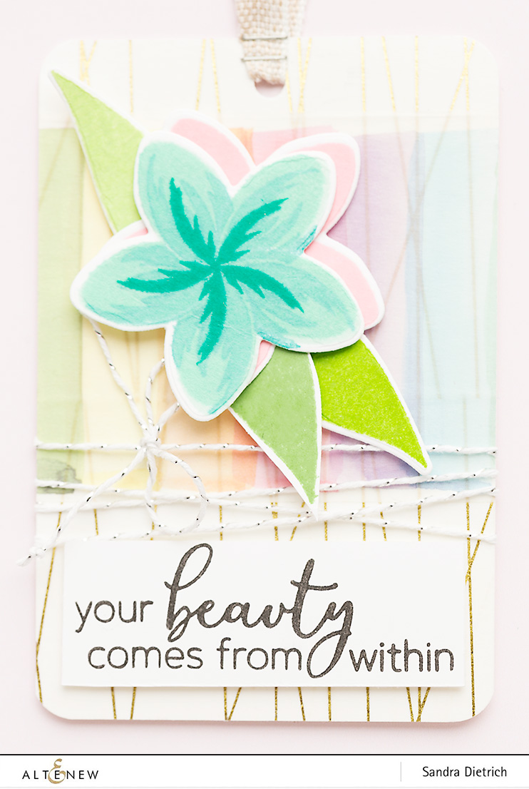 Detail Playful Plumeria Gift Tag @SandraDietrich for @Altenew