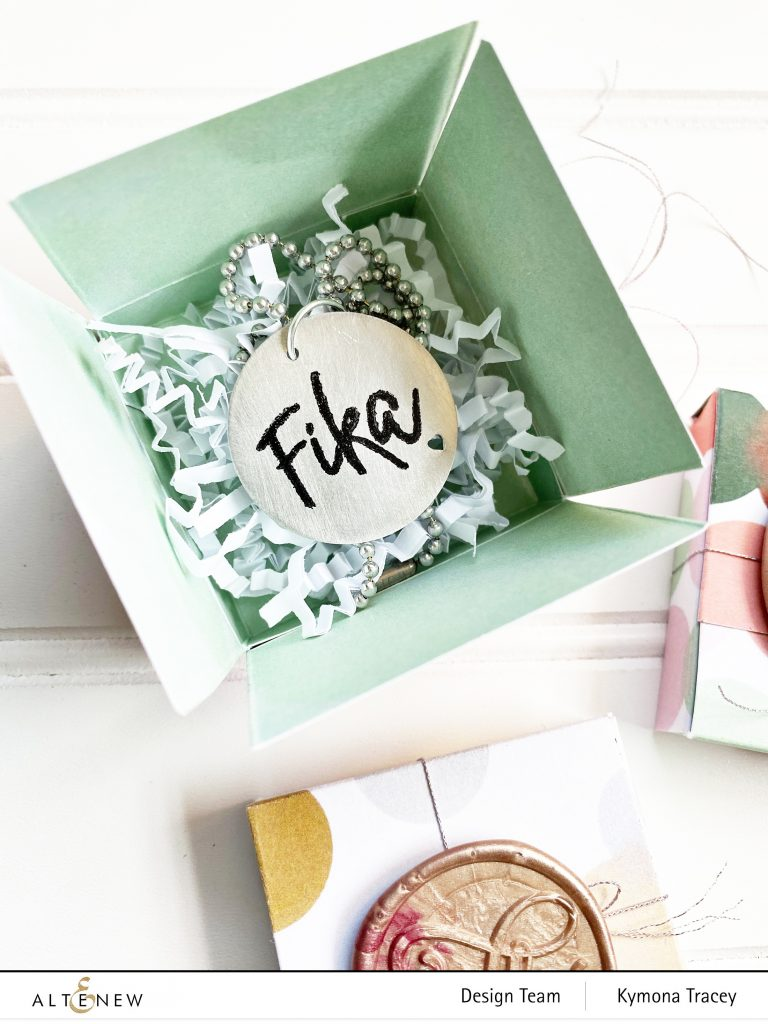 Dreamy Sunset Box: Fill with goodies